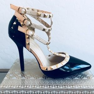 🔥🔥Charlotte Russe strapy pump (size 8) like new